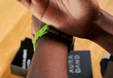 AURA Band: the fitness tracker with bioimpedance analysis is now available