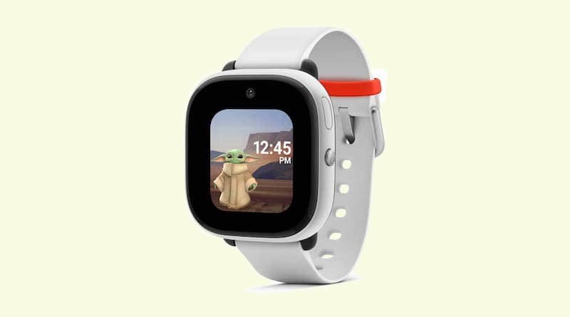 Verizon's GizmoWatch Disney Edition comes with a front facing camera