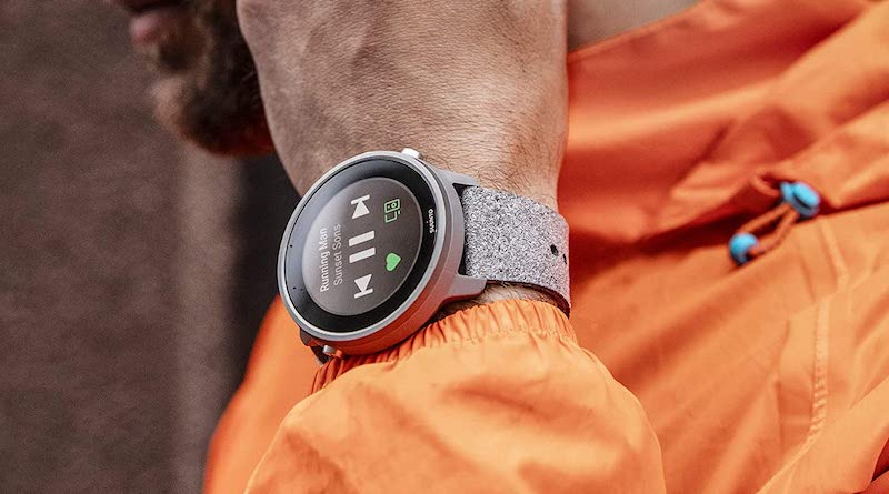 A Titanium version of Suunto 7 to be released in April