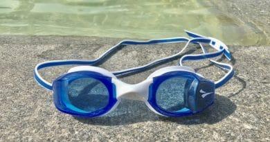 FINIS Smart Goggle Review: get real-time performance stats while you swim